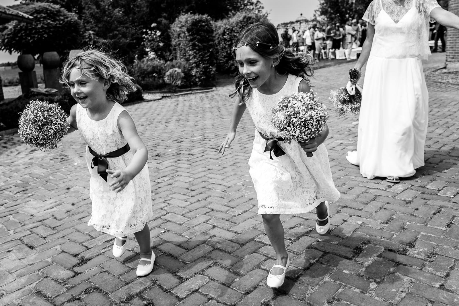 Kinderen op je bruiloft | Bruidsmeisjes | Trouwfotografie