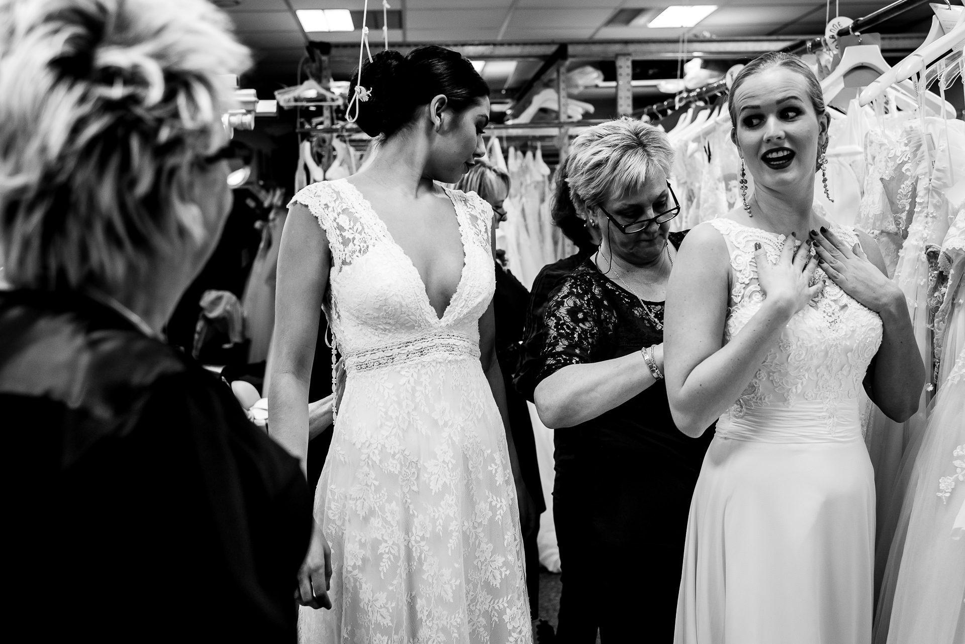 Bruidsjurken Amersfoort.Backstage Reportage Huisshow Valkengoed Amersfoort