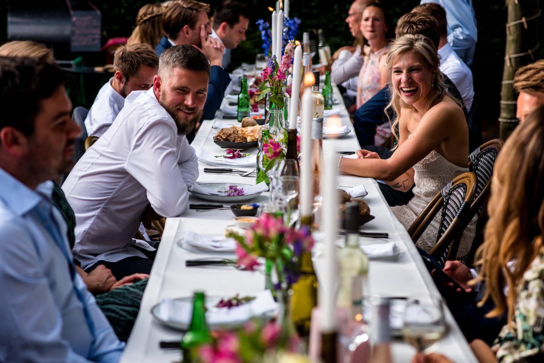 aan tafel Trouwfotograaf Amersfoort